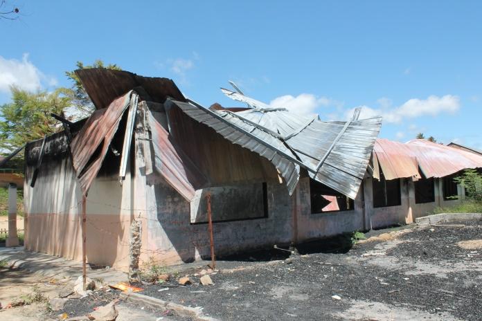 Ruangan Kelas Sd Pintubatu yang terbakar